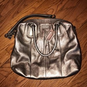 new coach 🤍 kristin handbag. metallic hobo style.